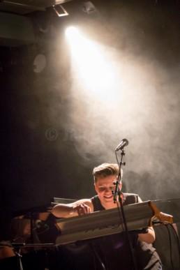 Die norwegische Sängerin Anette Askvik bei einem Auftritt im Kulturladen KFZ in Marburg, 20.02.2015. © Jan Bosch © Jan Bosch