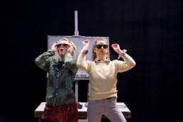 Saskia Boden-Dilling & Lisa Grosche bei einer Aufführung von