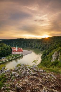 Die Benediktinerabtei Kloster Weltenburg bei Kelheim an der Donau © Jan Bosch