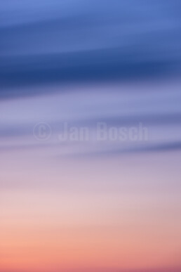 Sonnenuntergang am Förder- und Aussichtsturm Barbaraturm bei Malberg. © Jan Bosch© Jan Bosch